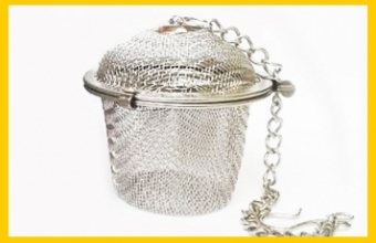 Metal filter for tea on a chain